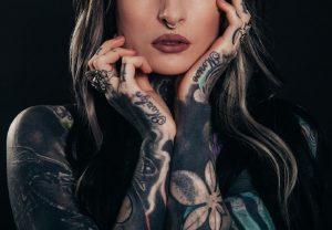 Nebojte se tetování! Už dávno není cejchem kriminálnic