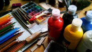 Vítejte na lekci malování. Tentokrát o tom, jak na akvarel!