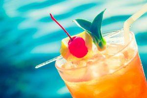 Užijte si osvěžující letní koktejly s alkoholem i bez